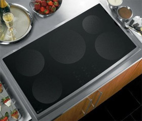GE PHP960DMBB 5-Hob Induction Cooktop